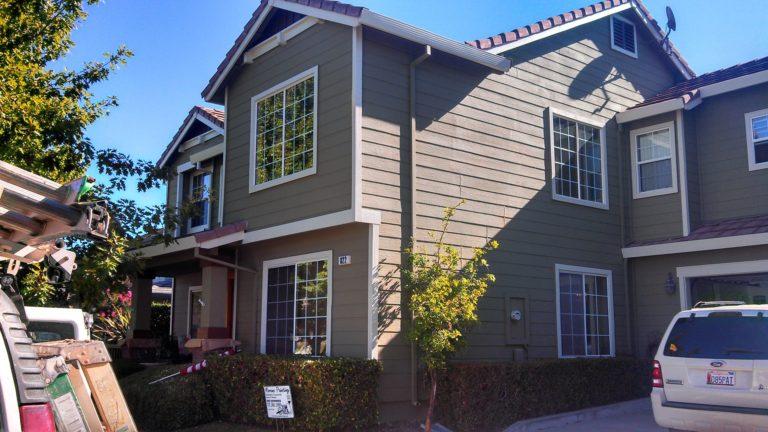 apartment complex exterior paint job